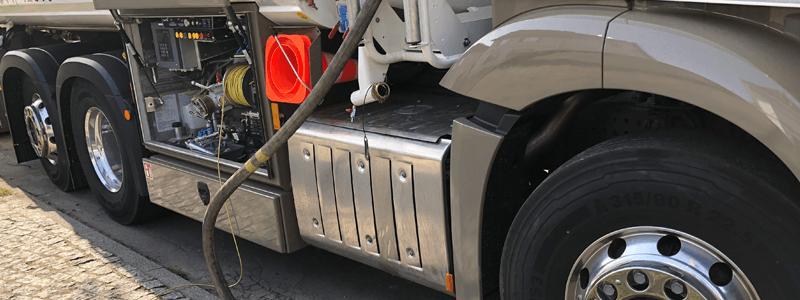 Tankwagen Heizöl Messschrank